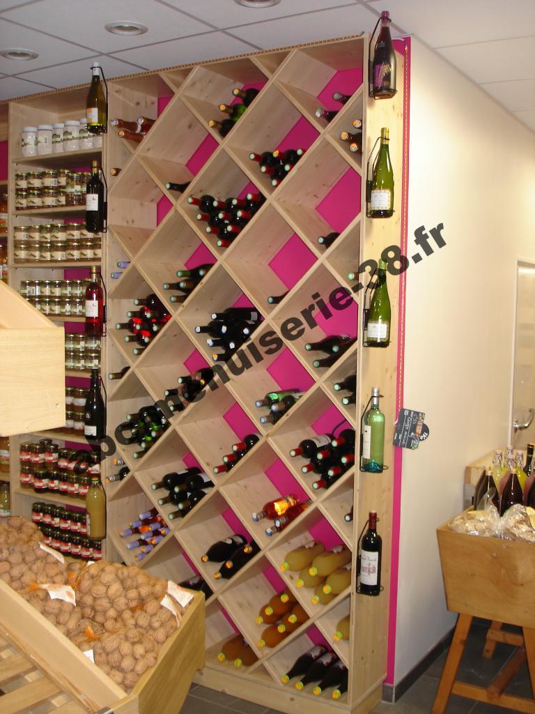 DSC00870 Agencement de magasin, présentoire de bouteilles