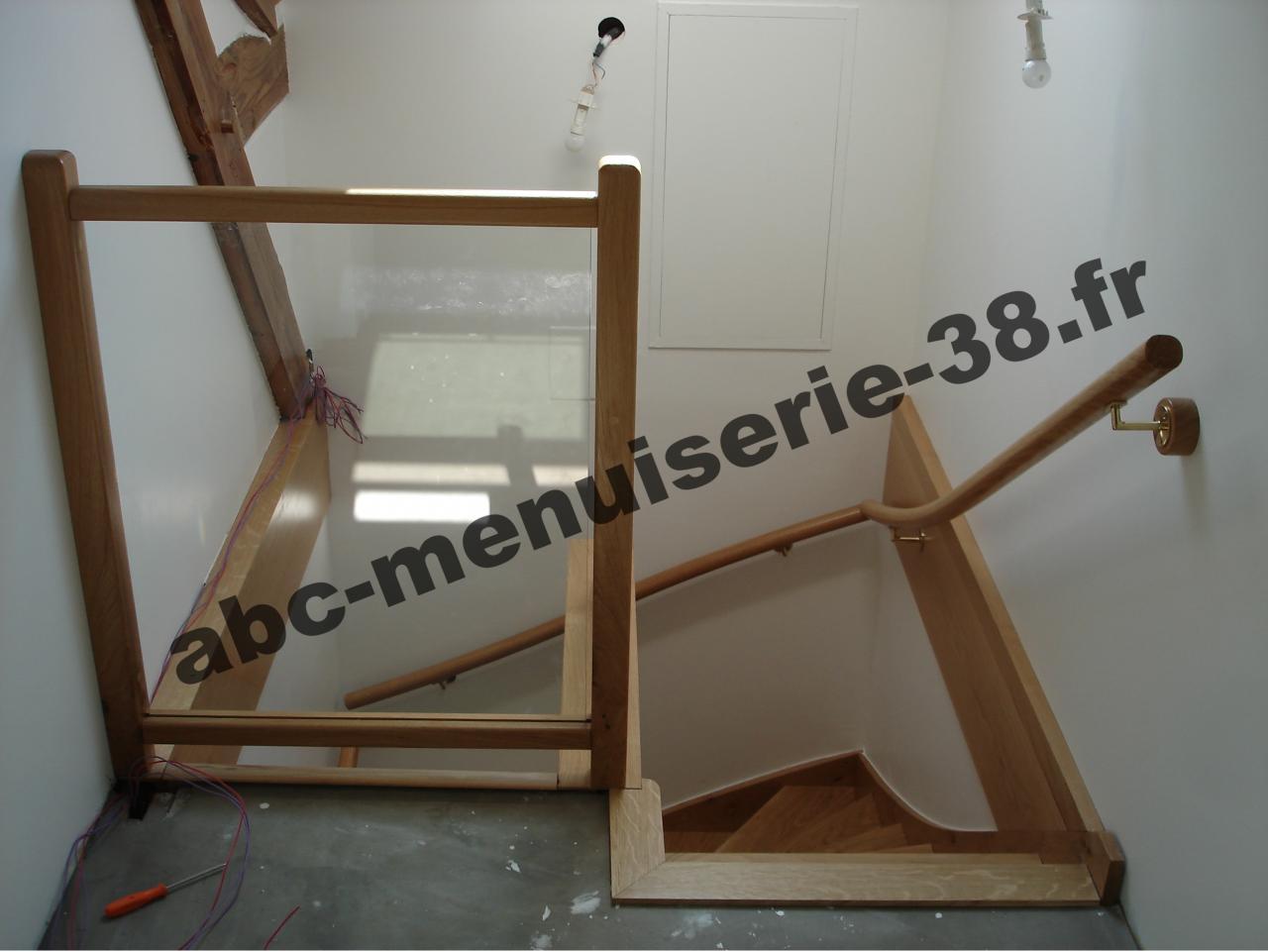 DSC01028 Escalier après rénovation