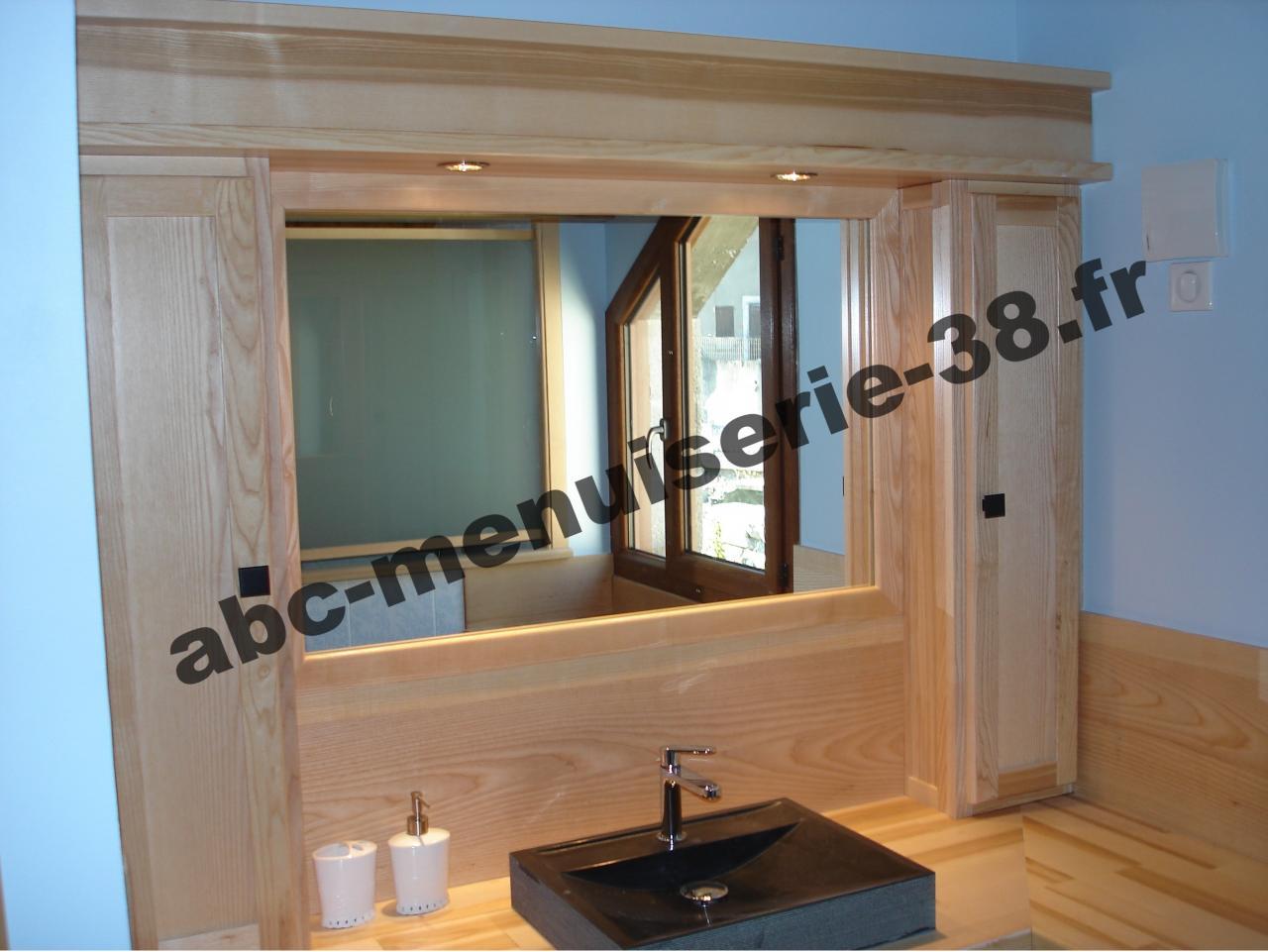 DSC01071 Meuble de salle de bain en frêne